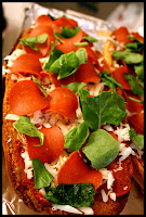 http://foodiefelisha.blogspot.com/2012/10/french-bread-pizza.html