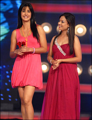 katrina kaif indian idol 4 wallpapers