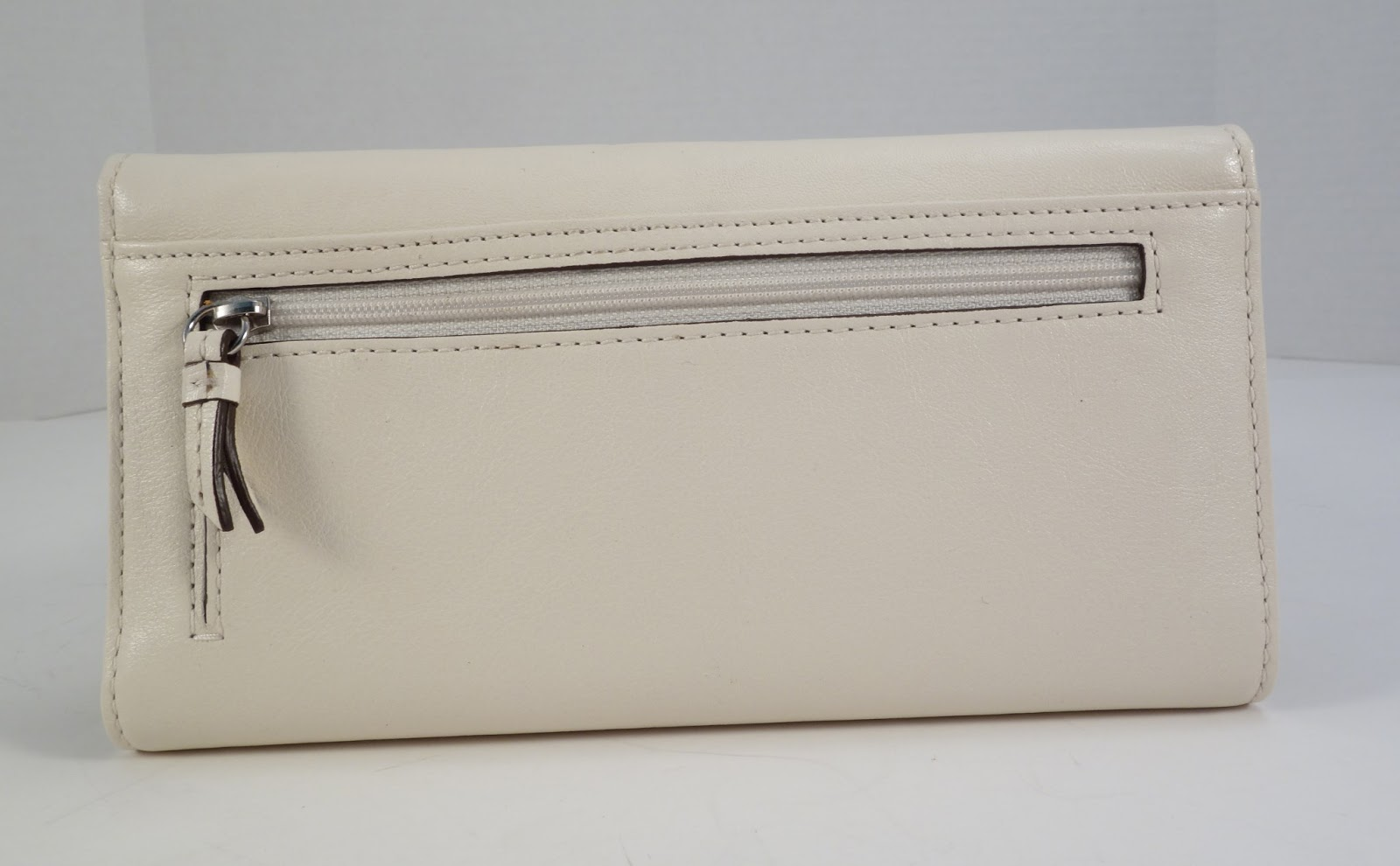 ysl cabas price - Purse Princess: Brand New Authentic Coach Leather Wallet for Sale