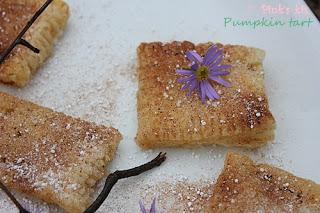 Bánh tart bí đỏ 1