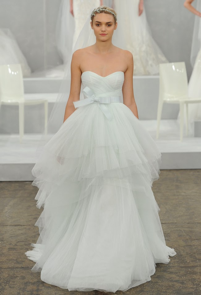 Alabaster Wedding Dress 12 Trend Soft Touch of Color