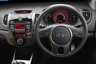 Kia cerato car 2013 dashboard - صور تابلوه سيارة كيا سيراتو 2013