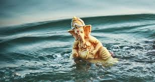 lord ganesh in the water wallpaper