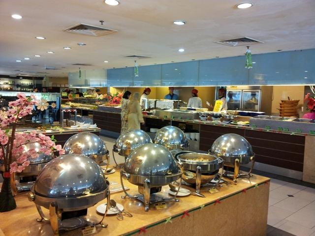 Shogun / Saisaki Japanese Buffet Restaurant, Wisma UOA