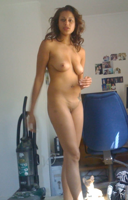 nude-house-wives-pics