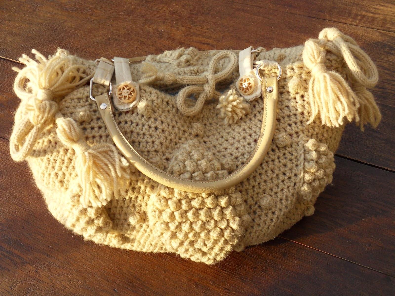 sac au crochet en laine et anses en cuir