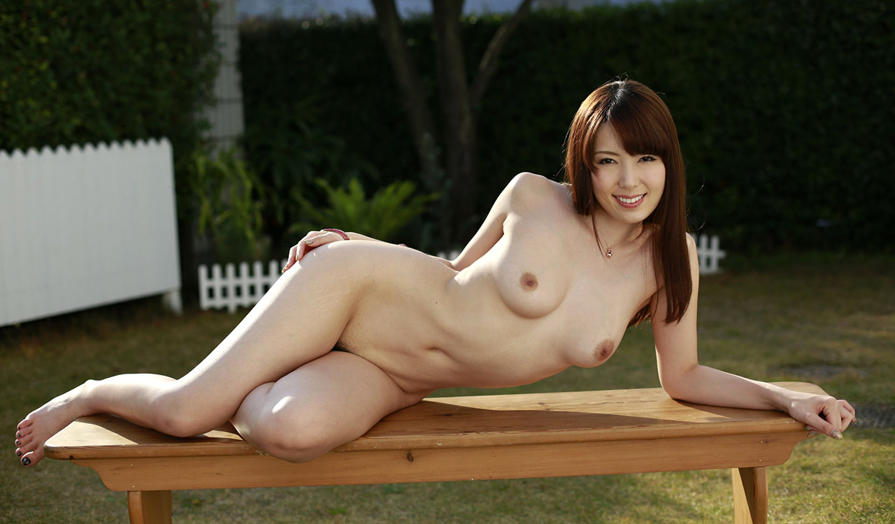 yui hatano hot nude photos 02