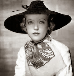 Marion Davies in Coolie hat c. 1930s