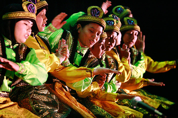 Tarian Daerah yang ada di Indonesia - Tarian Tradisional
