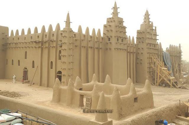 Masjid-Djenne-Mali-Afrika-Barat_5