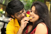 Love You Bangaram Romantic Photos Gallery-thumbnail-11