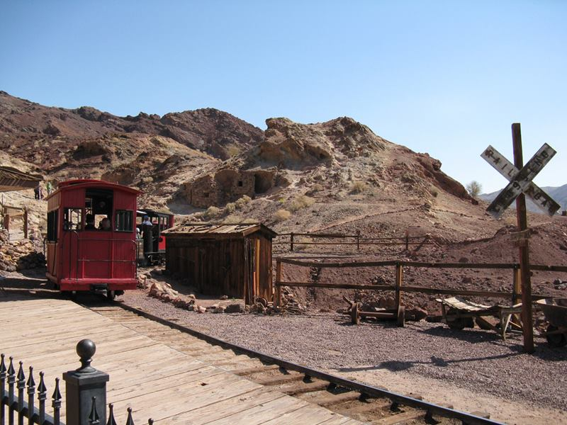 Calico ghost town and former silver mining town in San Bernardino County, California, United States.