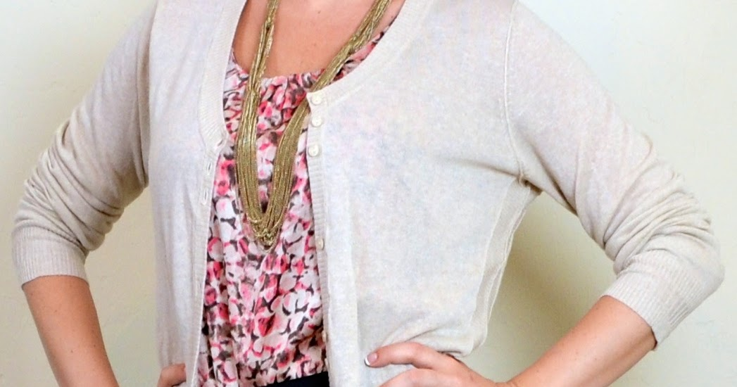outfit posts dynamic outfit post pink pattern blouse