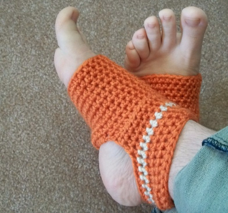Crochet Pattern Yoga Socks : Hooked on Handmade: Yoga Sock Pattern!