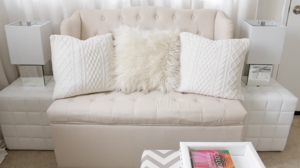Tufted Linen Love Seat