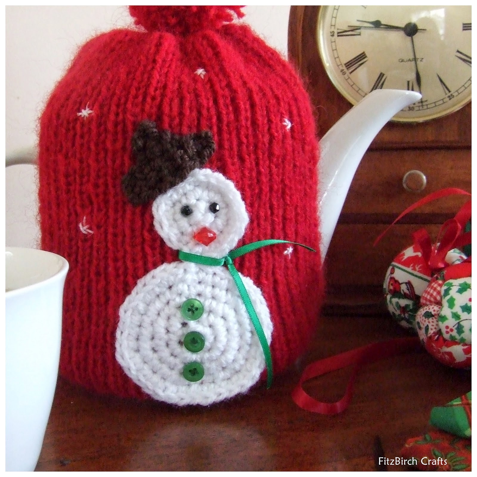 Fitzbirch crafts free tea cosy patterns dont forget to make a delicious cake and sit on the porch in the sunshine with a good book to show this cosy to good effect dt1010fo