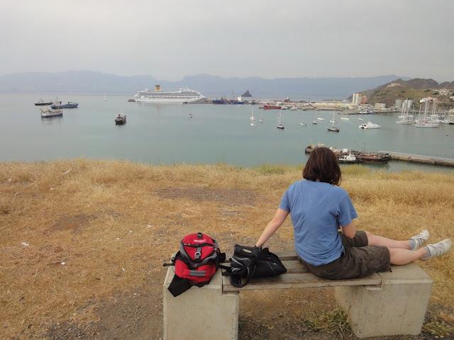 Spaziergang in Mindelo - Blick auf die Costa Fortuna