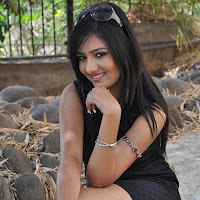 Kushi mukherji latest hot stills