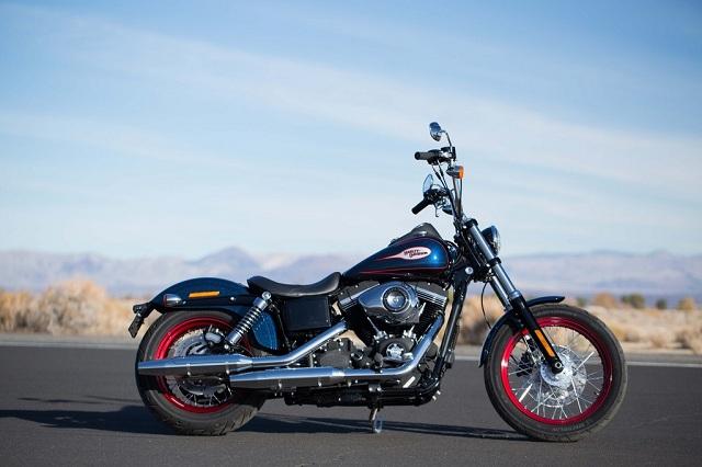 Harley-Davidson mit Special Edition Dyna Street Bob
