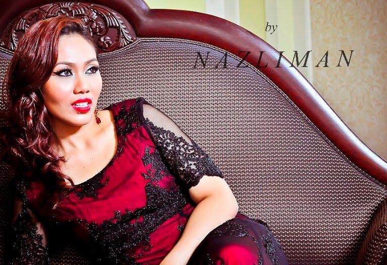 Professional Makeup Artist - Nazliman
