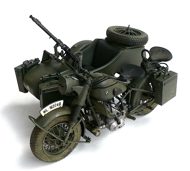 The Great Canadian Model Builders Web Page!: BMW R75 With