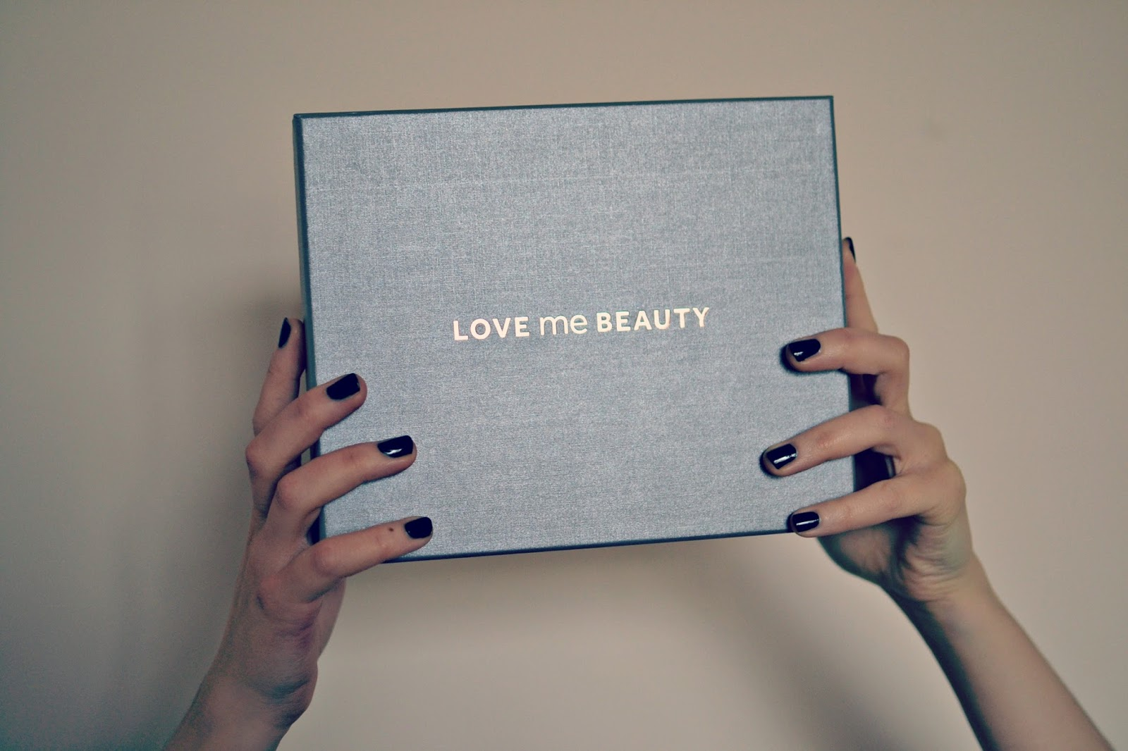 Love me beauty, beauty blogger, beauty subscription box, love me beauy subscription box