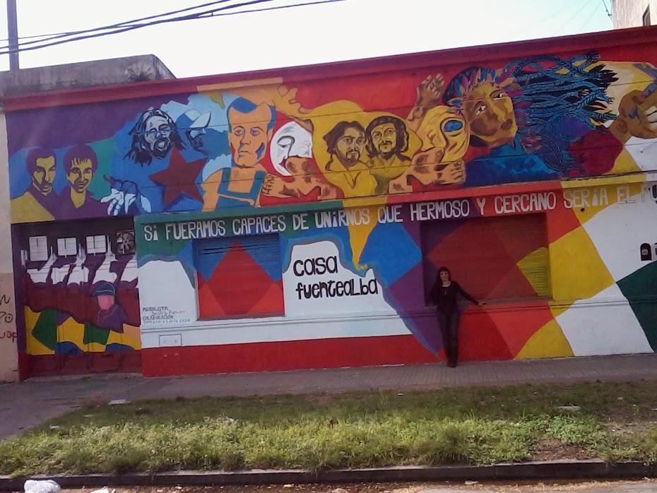 mural frente de La Casa Fuentealba