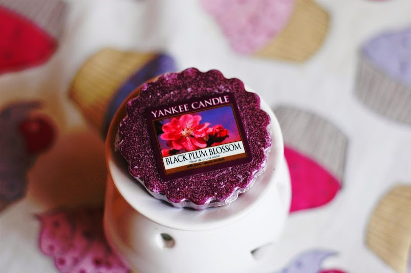 Yankee Candle - Black Plum Blossom