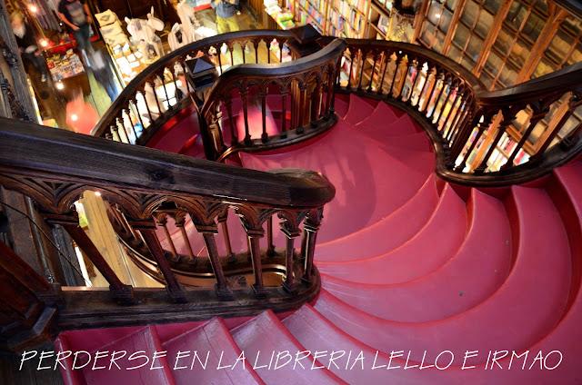 porto-qué-ver-oporto-escapada-viaje-blogger-blog-lello-e-irmao-librería