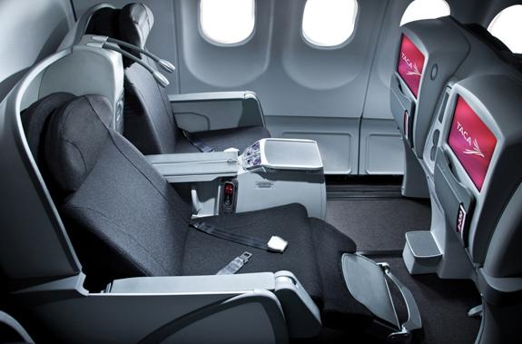 Volar es pasi n diciembre 2012 for Interior 787 avianca