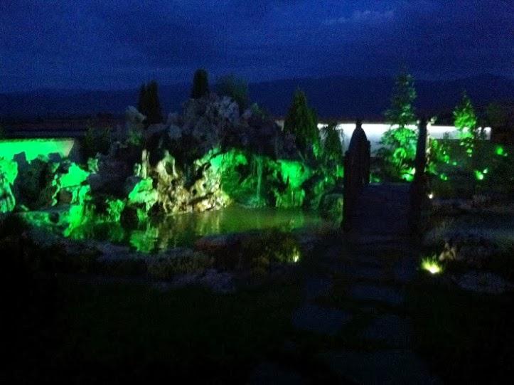 Мостче градина нощно осветление