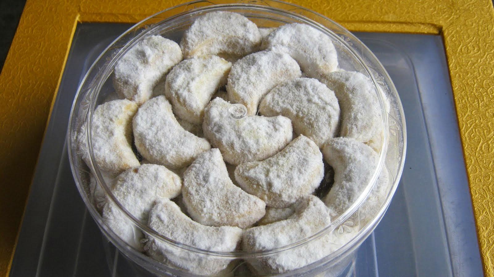Resep Cara Membuat Kue Putri Salju yang Enak dan Renyah