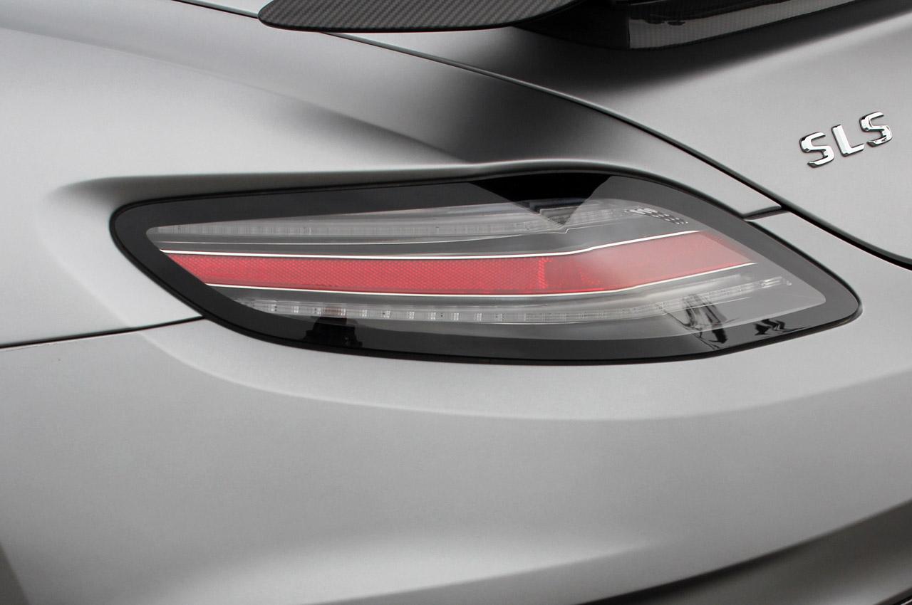 169 Automotiveblogz 2014 Mercedes Benz Sls Amg Black Series