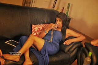 Actress-Aslesha-Stills-in-After-Drink