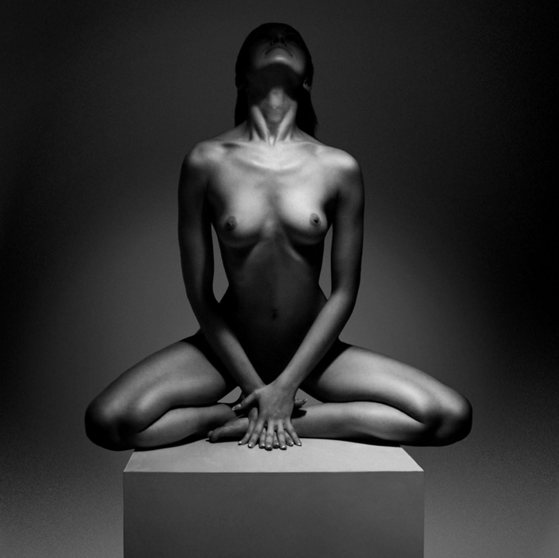 Arte desnudo blanco negro