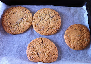 Milis: Giant Nutella-Stuffed Chocolate Chip Cookies