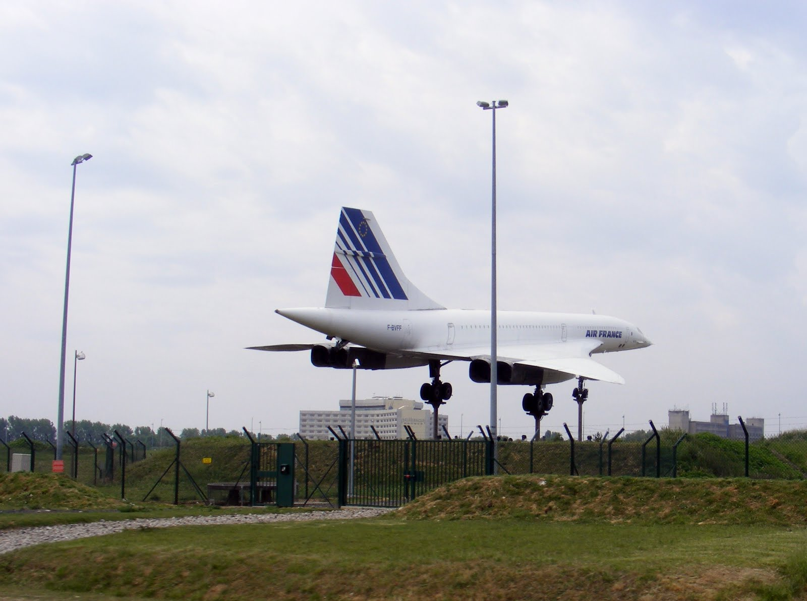 Sandy 39 s france the stuff that dreams are made of concorde for Flights to paris today