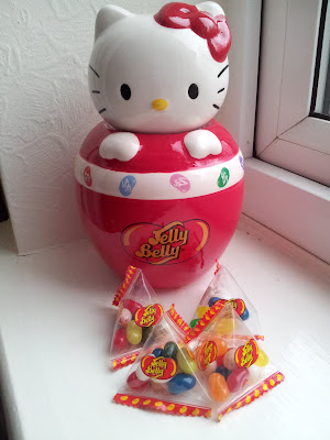 Hello Kitty, Jelly Belly, jelly beans