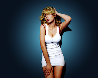 Blonde Girl Celebrity Scarlett Johansson with White T-Shirt HD Wallpaper