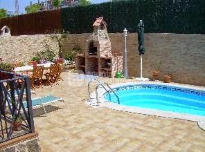 Piscinas lindas y modernas en fotos dise o de piscinas for Piscinas muy pequenas