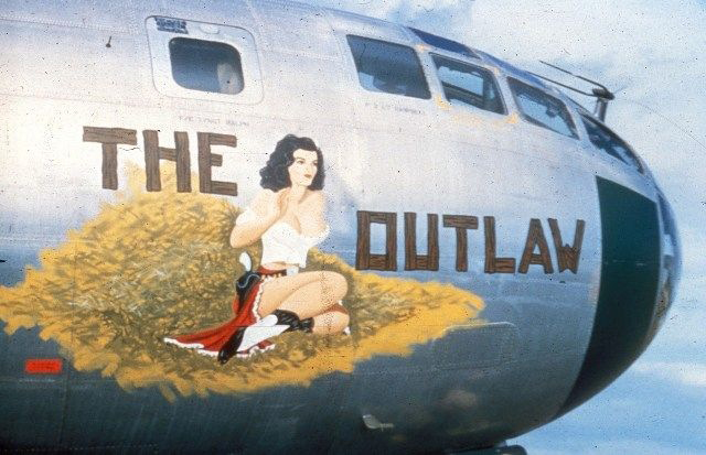 Pin-Up на военных самолётах