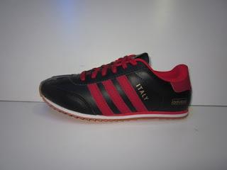 Sepatu Adidas Italy 2013