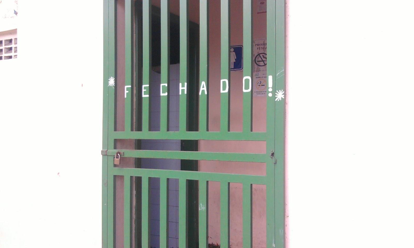Sempre na Luta: Banheiros de estações de ônibus são fechados sem  #7F7F4C 1600 960