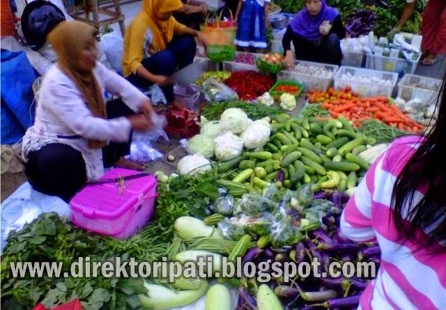 Kena Imbas BBM Naik, Pedagang Pasar di Pati Mengeluh