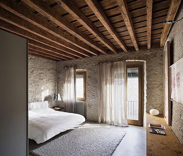 Baño Moderno Rustico:Moderno apartamento con estilo rústico, combinación perfecta