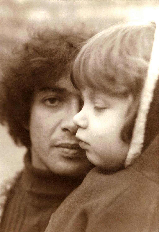 La música es del aire: Miguel, el Padre de los Abuelos