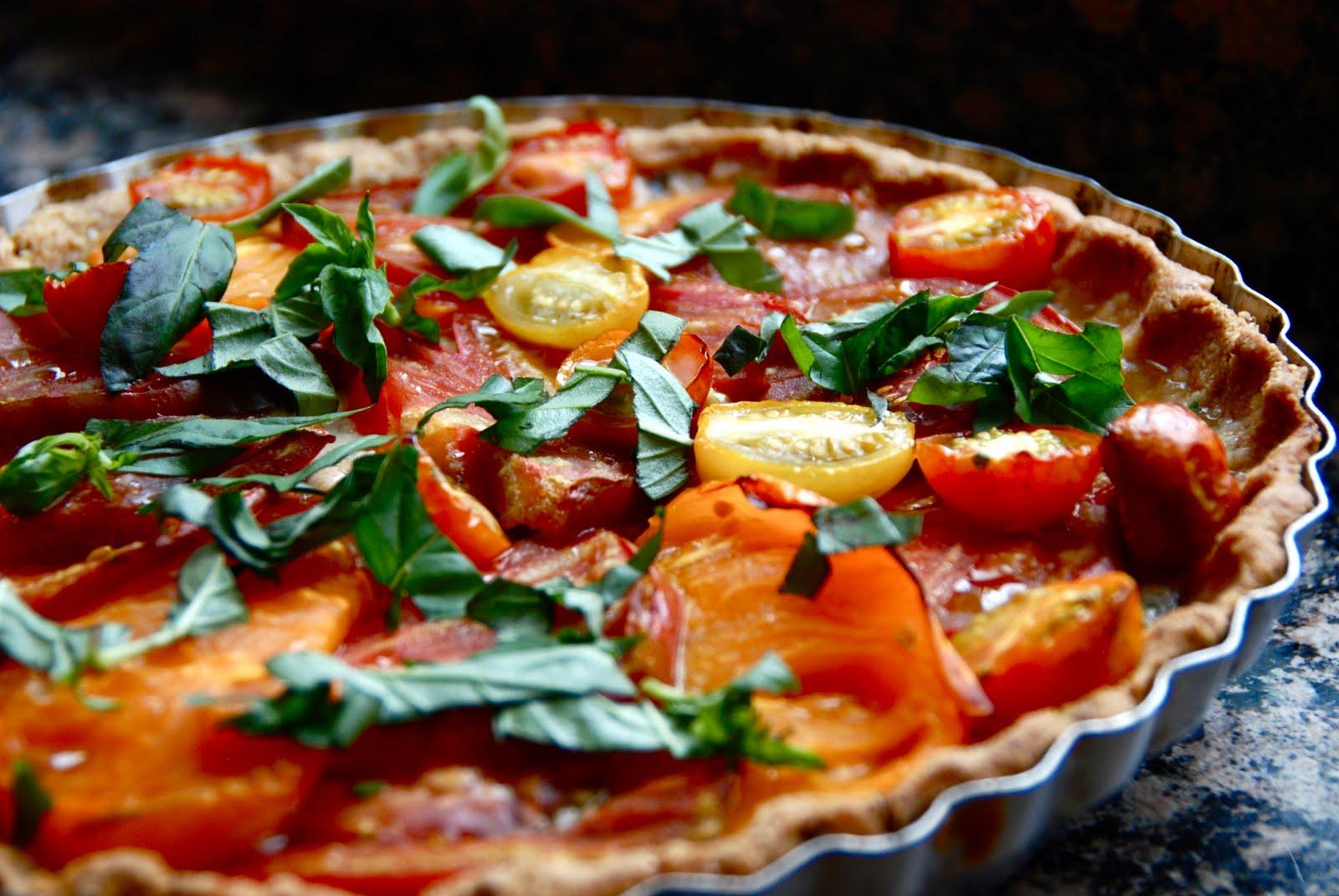 Simple Girl: Heirloom Tomato Pie