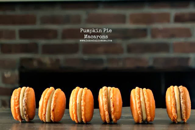 Bakeaholic Mama: Pumpkin Pie Macarons #30DaysOfPumpkin