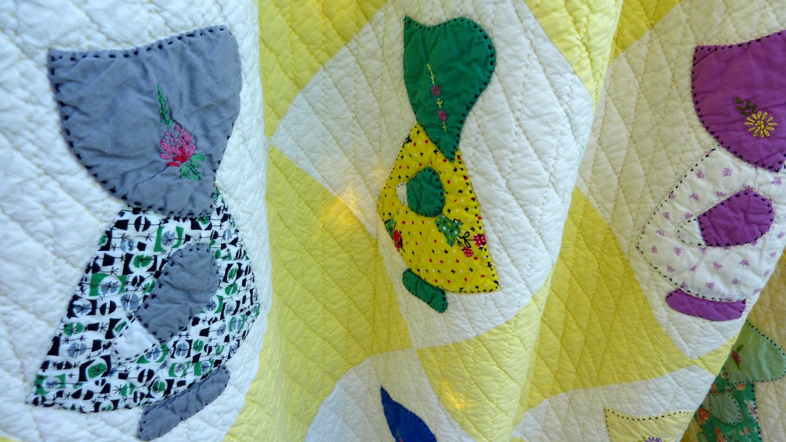 Busy Bee No. 16: Yiayia's Sunbonnet Sue Quilt ... A Christmas Present : sunbonnet sue quilt blocks - Adamdwight.com