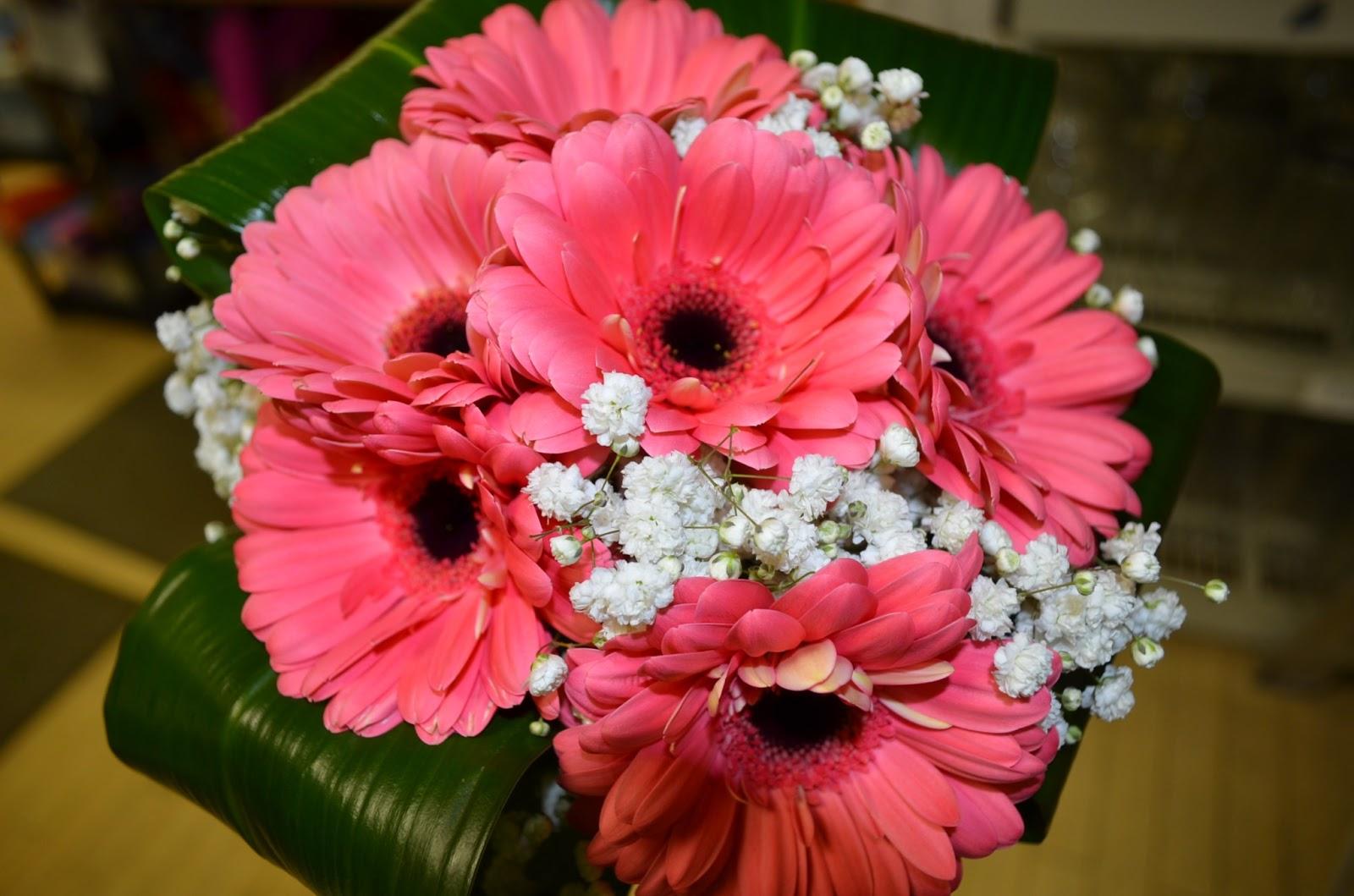 Gerbera Daisy Bouquet Lisa's Gerbera Daisy B...